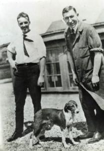 Banting und sein Assistent Charles Best